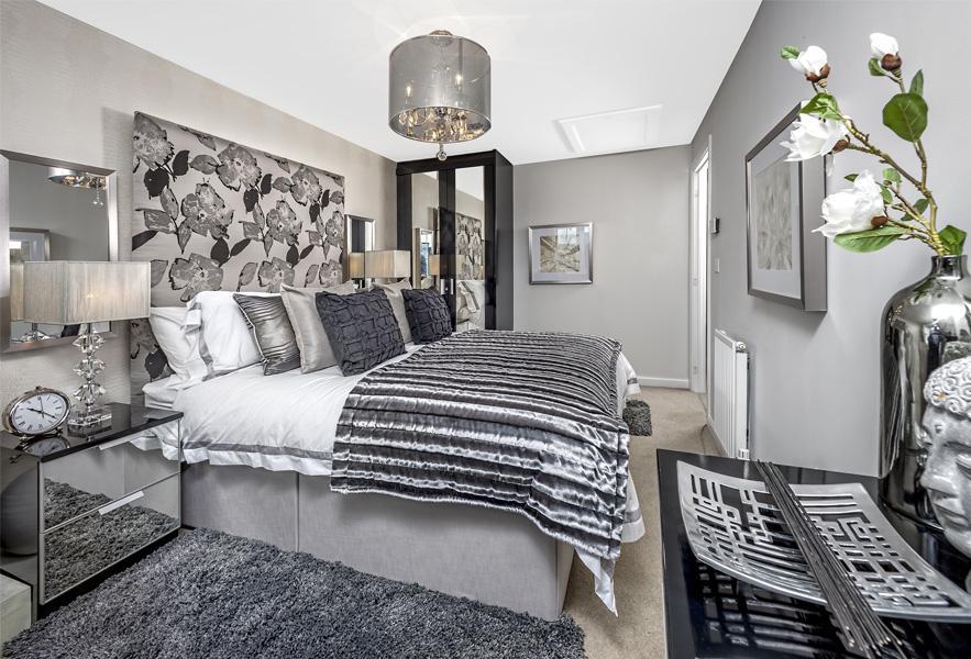 Oakly bedroom