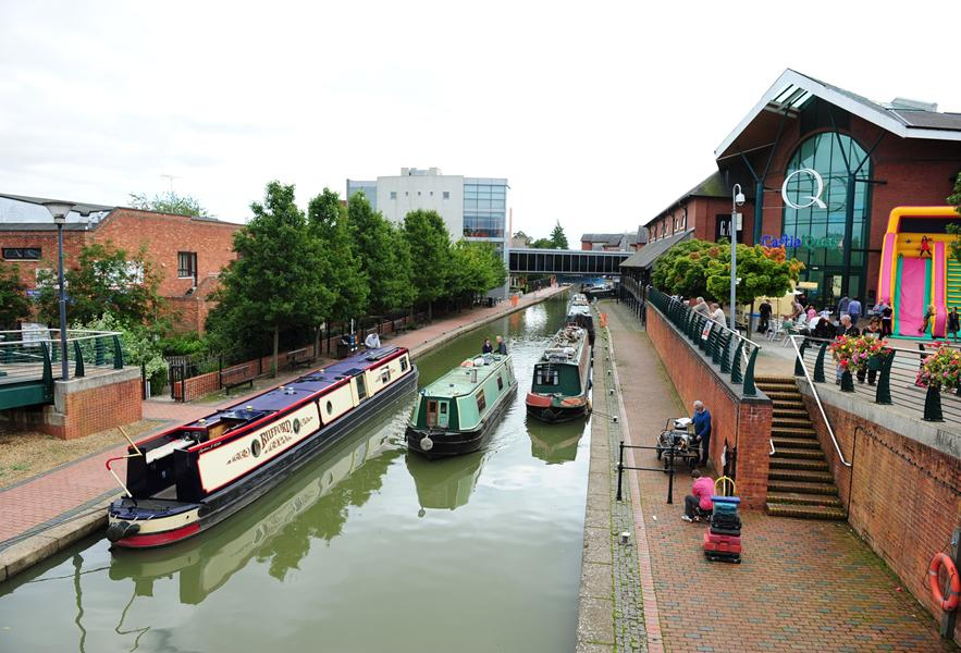 Catle Quay Shopping Centre with the canal running outside