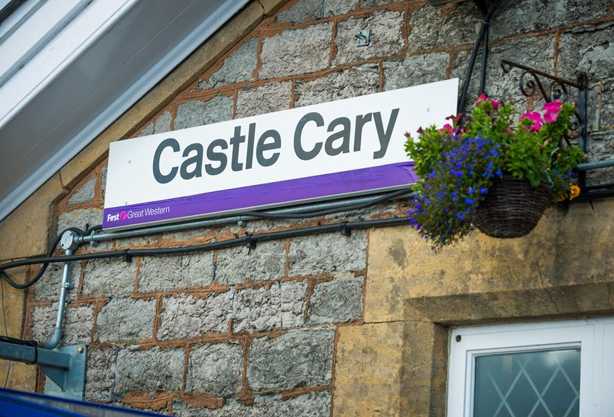 Castle Cary Train Station