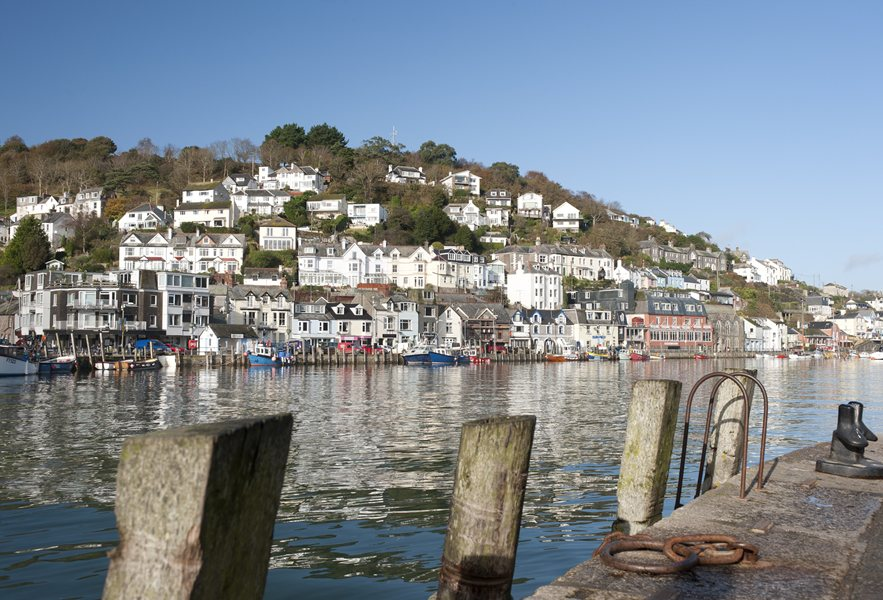 homes in Looe Cornwall