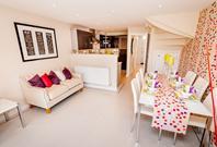 Helmsley+kitchen+family+area