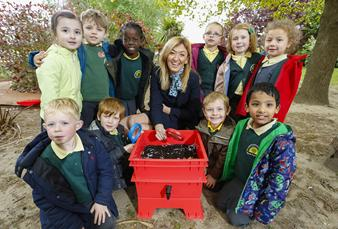Wormery donation to Willesborough Infant School