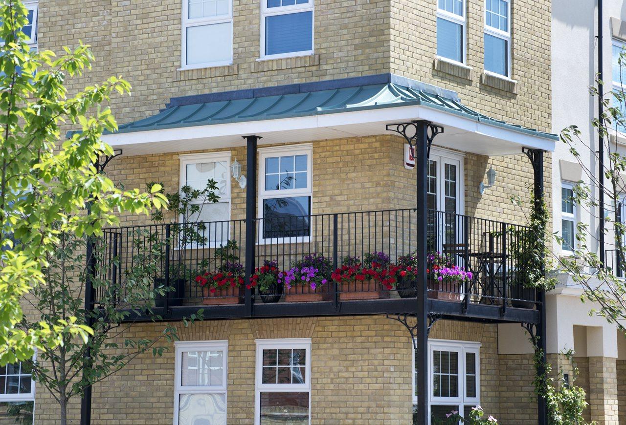 Trinity Village, Bromley balcony image